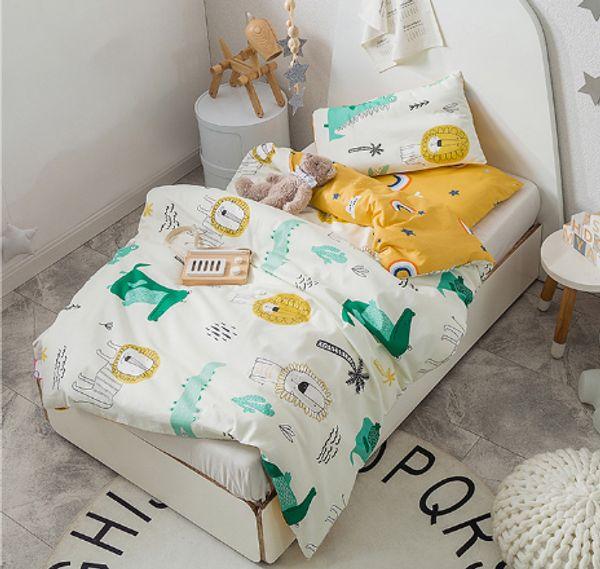 3Pcs cartoon Cotton Crib Bed Linen Kit Cartoon Animal Baby Bedding Set Includes Pillowcase Bed Sheet Duvet Cover Without Filler