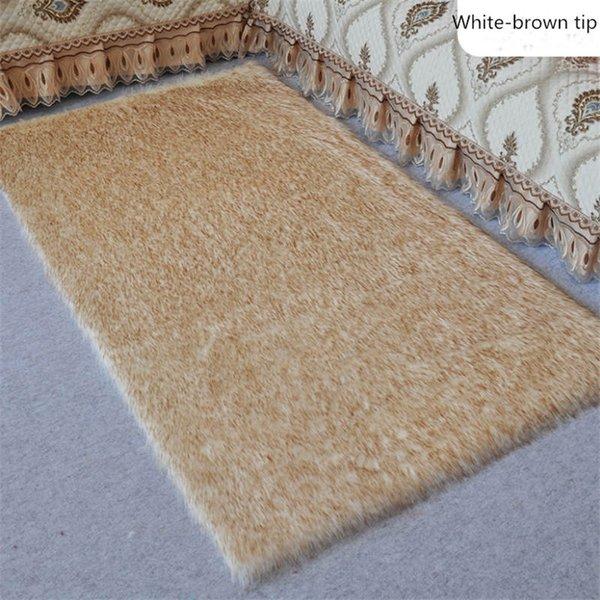 White brown tip