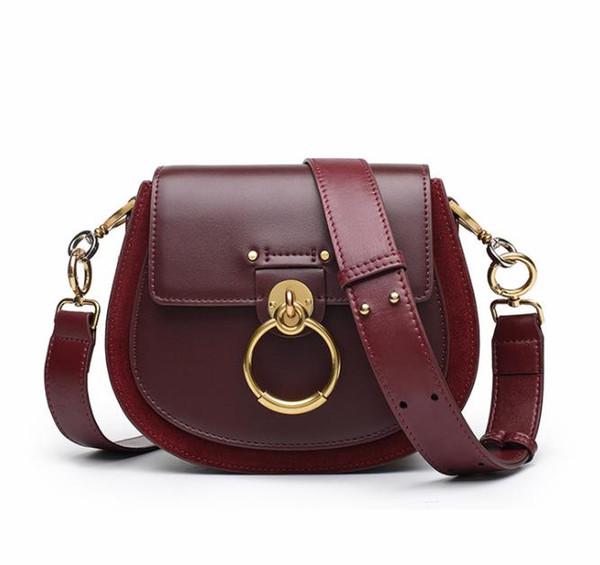 Entrega gratuita para 2018 otoño / invierno nuevo anillo cochinillo bolsa pequeña bolsa cuadrada con un solo hombro bolsa de cuero portátil colgada
