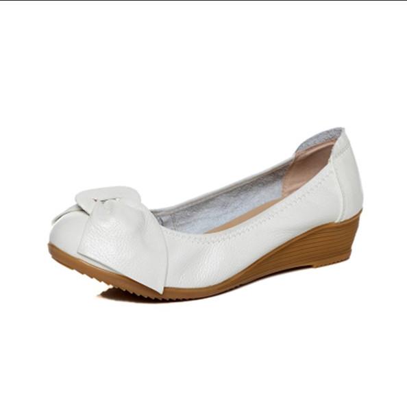 Bahar Yaz Yeni Yay bayan Ayakkabıları Hakiki Deri Rahat Kadın Tek ayakkabı Orta topuk Sığ Ağız Hemşire Küçük Beyaz Anne Ayakkabı