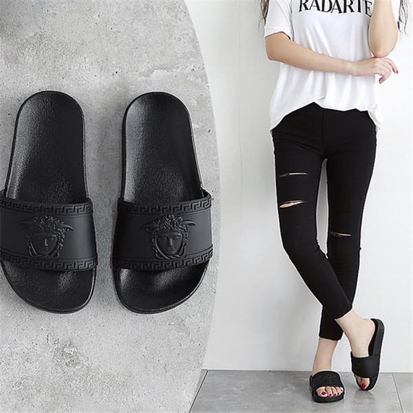 Yaz Terlik ile Medusa Kafa Çift Moda Marka Kadın Sandalet Plaj Ayakkabı Basit Stil Erkek Terlik