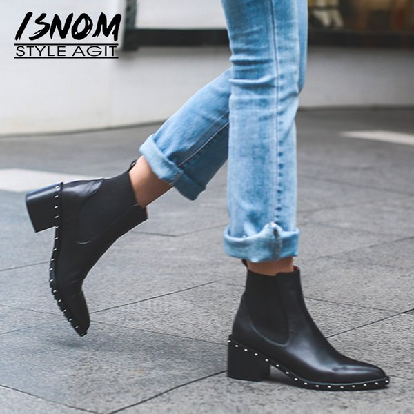 2020 Últimos botines de remache Botines de mujer Botines de invierno Cuero genuino Zapatos de tacón cuadrado alto para mujer Calzado femenino