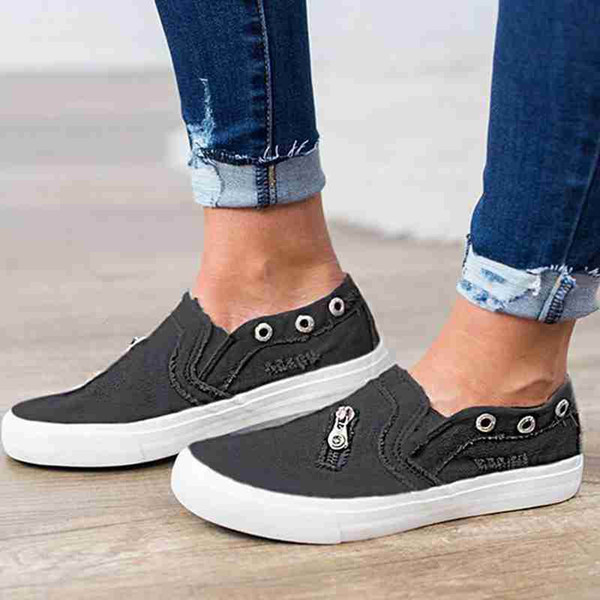 HEE GRAND New Canvas Shoes 2019 Women Flats Slip on Loafers Ripped Denim Shoes Casual Outdoor Shoe Zipper Summer Creepers XWF709