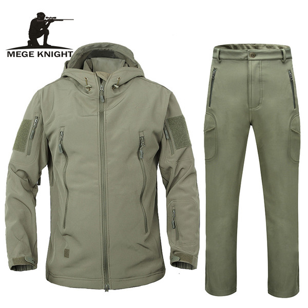 Men autumn winter jacket coat soft shell shark skin clothes, waterproof military clothing camouflage jacket Y190924
