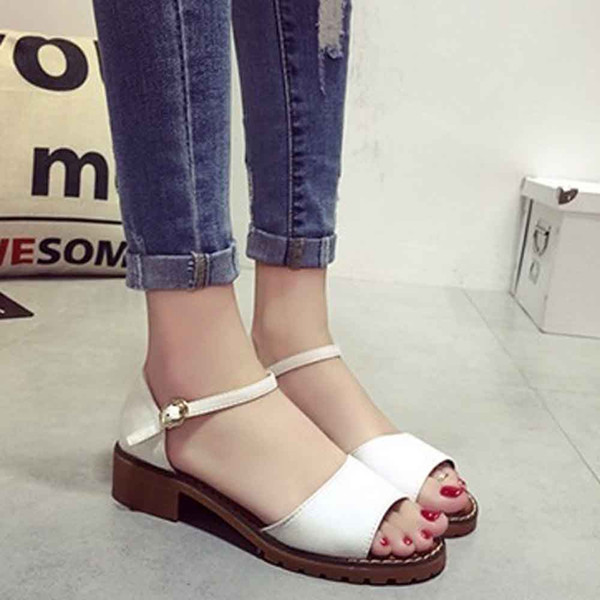 Comfortable Beach Flip Flops Sandals Size 35-40 Leather Flat Women Summer Lady Sandals Sweet Flat Gladiator Female Beach Shoes