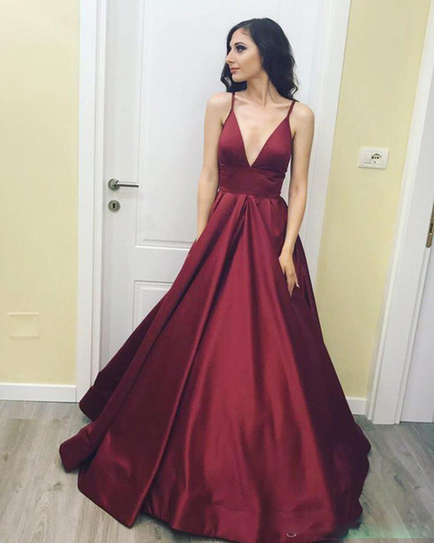 2019 Sexy Burgundy Simple Prom Dress Spaghetti Straps Deep V Neck A Line Party Gown Backless Zip Formal Evening Dress