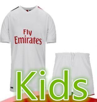 1920 AC Mailand Kids Kit Trikot entfernt Set 19 20 Fußball Trikot HIGUAIN BAKAYOKO BORINI CALDARA CUTRONE CALHANOGLU Uniformen