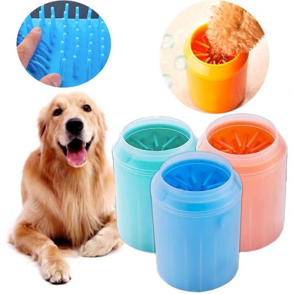 Cane Paw Cleaner Cup Pettini in silicone morbido Pet Pet Foot Washer Cup Paw Clean Brush Lavare rapidamente Secchio di pulizia del piede del gatto sporco DLH155