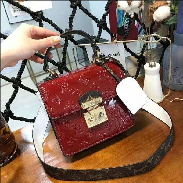 2019 Hot solds Designer Handbags Womens Designer Luxury Crossbody Bags Female Shoulder Bags Leather Chain Designer Luxury Handbags Purses 71