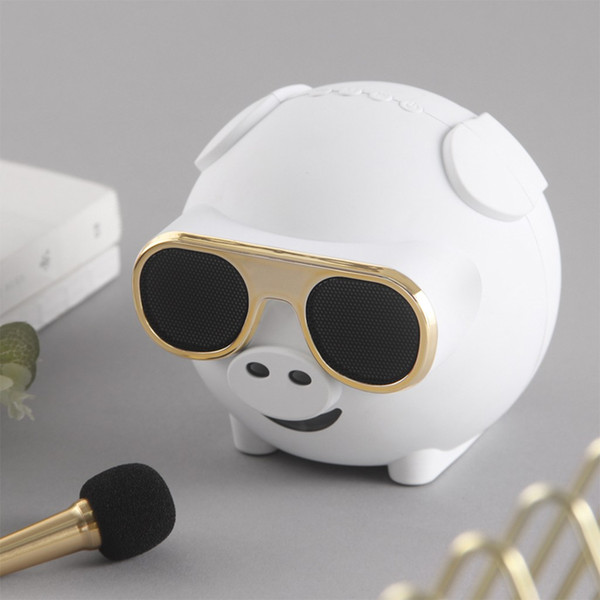 Hot Fashion Design M60 Pig Shape Wireless Bluetooth Singing Speaker With Microphone Bluetooth Speakers Portable+Mobile charging function