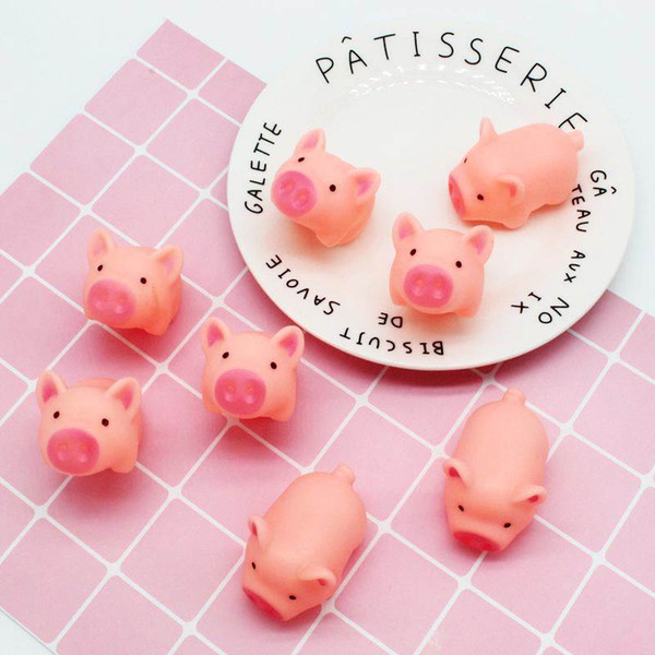 top popular New Design Pink Pig Cartoon Soft adorable Cute Toy squeezed venting Toys For Joke Noise Bath Toys With High Quality 2020