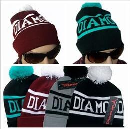 wholesale winter Fashion men beanie women hat diamond knitted sport cap warm ski gorro touca black grey blue red Bonnet classical skull caps