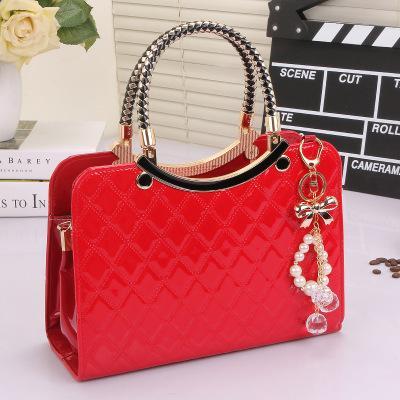 European and American new sale fashion handbags shoulder diagonal package simple woven shell bag ladies big bag