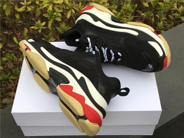 HOT 2019 Moda Paris 17FW Triplo-S sapatos Sneaker Triplo S Casuais Luxo Pai Sapatos para Homens Mulheres Bege Preto Tênis De Esportes 36-45