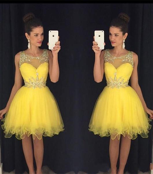 Sparkle Short Gelb Ballkleider 2019 Eine Linie Sheer Neck Kristall Perlen Knielangen Homecoming Kleid Party Kleider