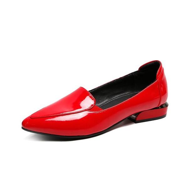 2019 Primavera e autunno Nuove scarpe da donna di moda Oxford Scarpe a punta in vernice bassa Drees spesse con scarpe rosse femminili