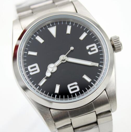 36MM Mecánico Automático Fijo Abovedado Acero inoxidable Bisel Reloj para hombre Relojes Dial negro con agujas luminosas y marcadores de hora de índice