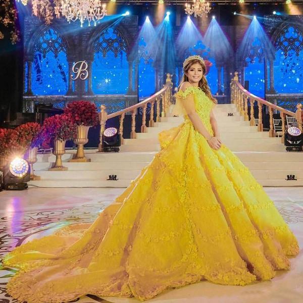 Luxus Gelb Ballkleid Mittlerer Osten Brautkleider 3D Blume Applizierte Backless Brautkleider Gericht Zug Satin Abric Braut Party Kleider