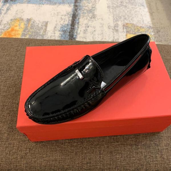 2019 Yeni Varış Avrupa moda marka patent deri bezelye ayakkabı deri İngiltere İngiltere vahşi sosyal tembel ayakkabı Erkekler Ayakkabı Ücr ...