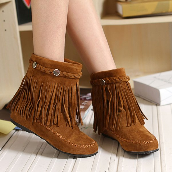 New 2019 Winter High Heel Boots Warm Fringe Metal Buckle Winter Shoes Women's Boots Ladies Fashion PU Suede Ankle Snow