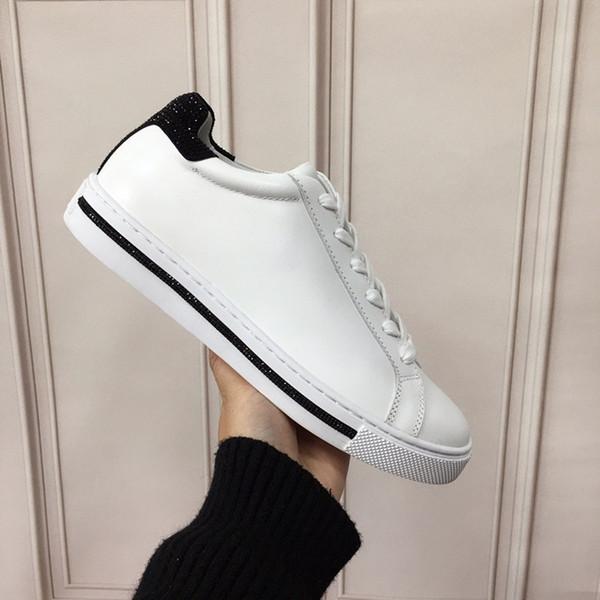 Plataforma diseñador de Triple-s zapatillas de deporte de París 17FW Triple s de los hombres de las mujeres negro rojo verde blanco Casual zapatillas de tenis del papá aumentar hc19120605
