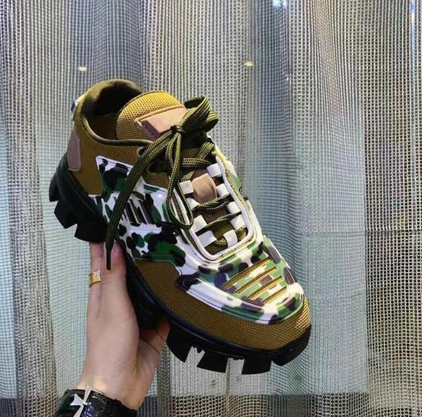 2019 Hommes Femmes Designer de mode Chaussures Casual Sneakers Coussin Triple S 3.0 Combinaison d'azote Semelle extérieure en cristal de fond papa Souliers simple sne