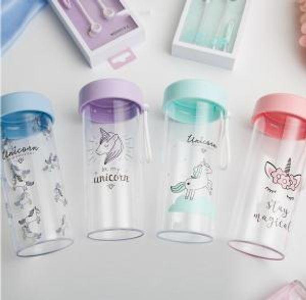 Unicorno Bottiglia d'acqua Trasparente tazze di latte Cute Cartoon Arcobaleno Cavallo caffè Bottiglie di succo d'acqua bottiglie di plastica all'aperto GGA1568