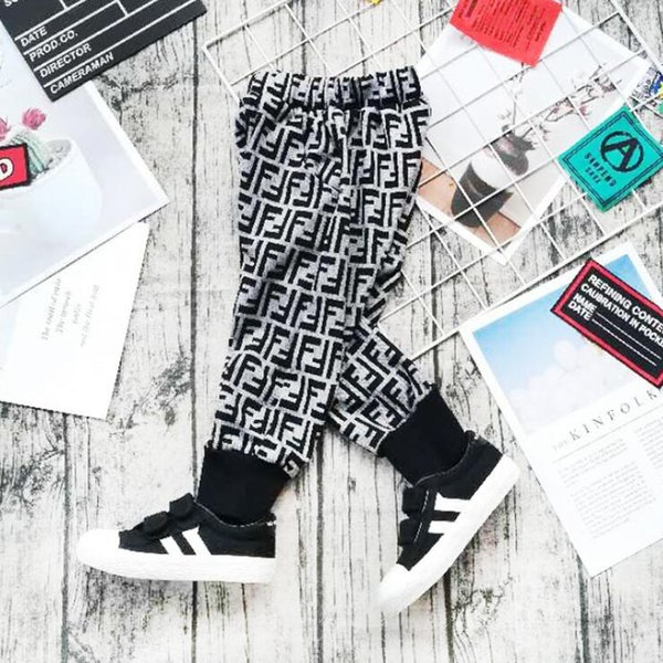 Lettera F Bambini Pantaloni Harem Lettera stampata per bambini Camouflage Pantaloni Geometric Print Pants 5pcs LJJO6869