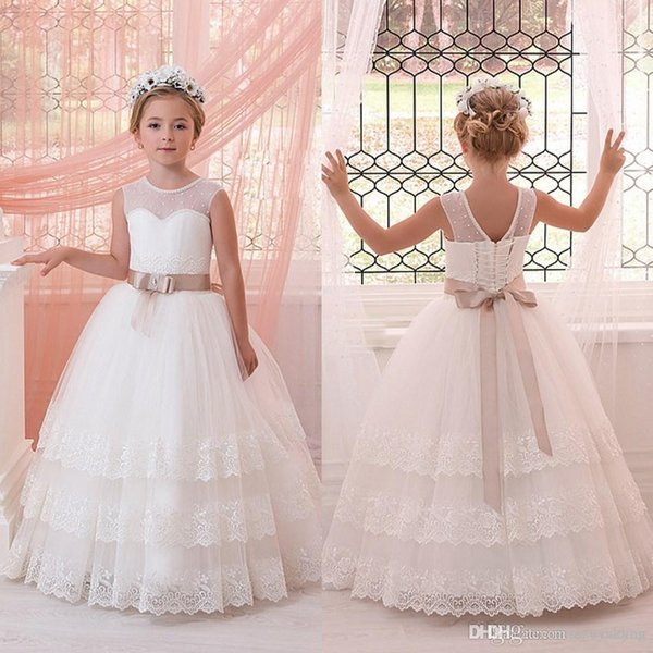 2019 New Pearled Jewel Neck Layers Lace Flower Girl Dresses For Weddings First Communion Dresses With Ribbons Girls Pageant Gown