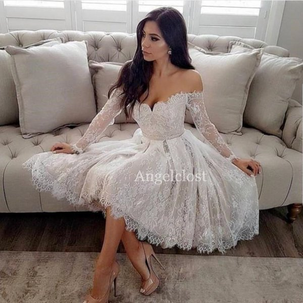 Short Off Shoulder Lace Homecoming Dresses 2019 Long Sleeve Knee Length Appliques Evening Prom Party Cocktail Gowns Maid Of Honor Dresses