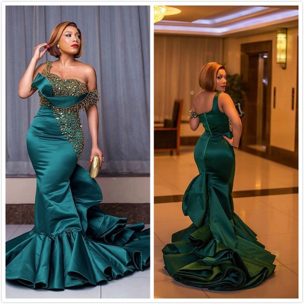 2020 abiti da sera arabo Aso Ebi Hunter Verde rilievo sexy Paillettes sirena Prom Dresses una spalla formali secondo partito abiti Reception