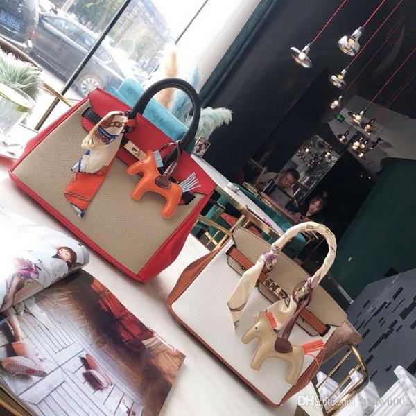 Sacs Designer 2019 de mode Classique Lastest Couleurs vives cuir véritable broderie florale Atmospheric dame sac de gj1909176007