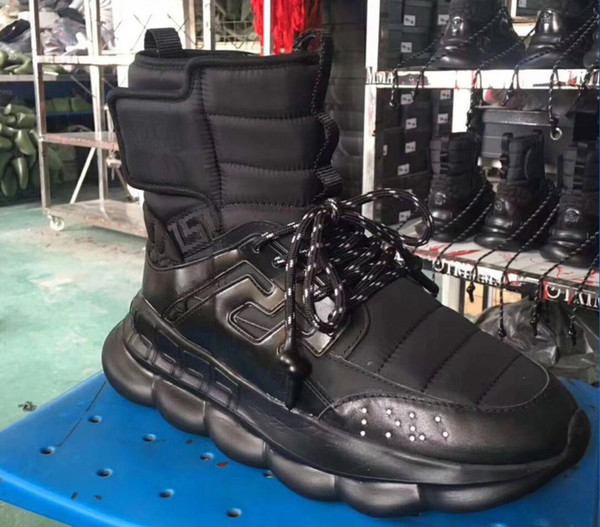 2018 autumn and winter new Medusa men's shoes thick bottom increased short tube Martin boots Korean high-top men's shoes xo88606