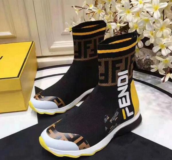 Nuovo Designesr Uomo Scarpe moda di lusso di marca degli uomini di alta-top bianco nero calze sportive Scarpe Sneakers 2020