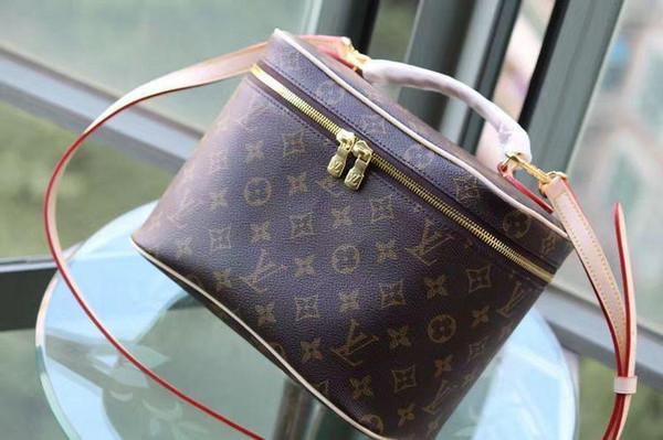 New Voyage Nice Bb Kosmetiktasche Tragbare Kosmetiktasche M42265 Handtaschen Top Oxidated Echtes Leder Iconic Umhängetasche Totes Cross Body Bags
