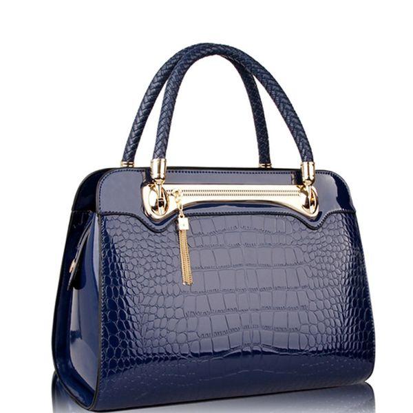 Charm2019 Cross Pattern European Handbag Single Shoulder Span Light Noodles Hand Bag Crocodile Grain Woman Package
