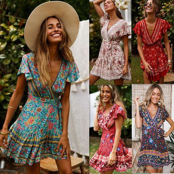 Boutique Bohemia Vestidos de las mujeres Vestido de playa Rayón Estampado floral Cuello en V Profundo Cadena Manga del pétalo Ropa de mujer atractiva 2019 Verano al por mayor