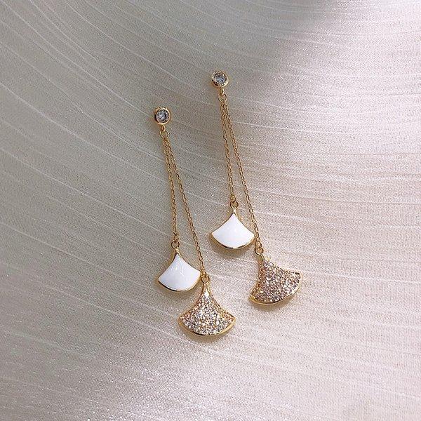 Серебро игольчатой (белый) Алмазные