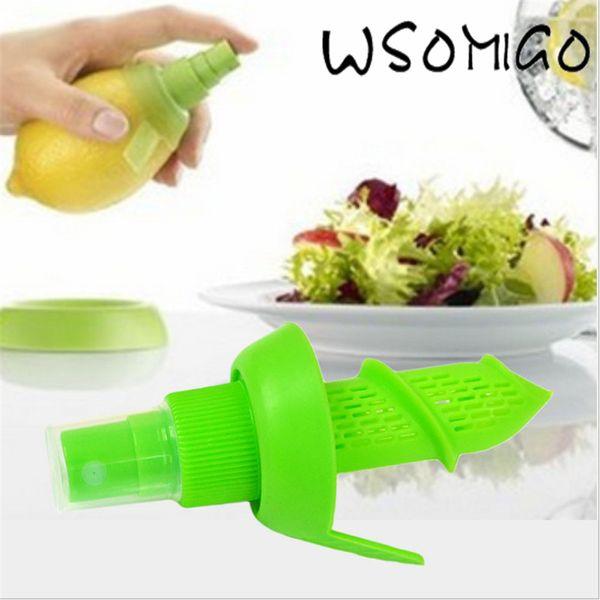 Cheap 2Pc/set Lemon Sprayer Fruit Juice Citrus Lime Juicer Spritzer Kitchen Gadgets Spray Manual Juicer Fruit Juice for KitchenB