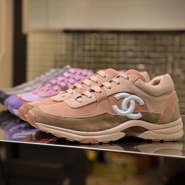 2019 Neuheiten Herren Damenmode Luxus Plateauschuhe Flache Casual Lady Walking Casual Sneakers herren trainer Schuhe Leder d01