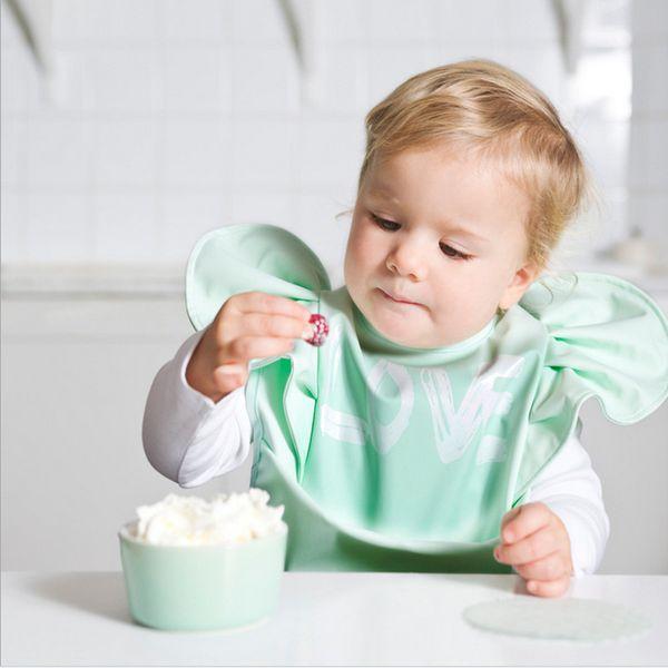 Bebek Katı Renk Önlüğü Çocuk Su Geçirmez Anti Kirli Pirinç Cep Boy Bebek Önlüğü Kız Geğirmek Bezler 48