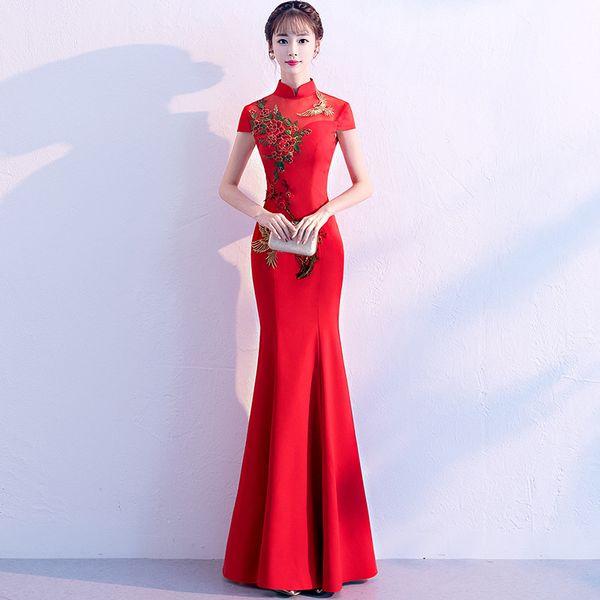 Mulheres Mermaid Cheongsam Longo Partido Vestido Vermelho Bordado Mandarin Collar Elegante Prom Noble Banquete vestido de baile Vestido XS-3XL