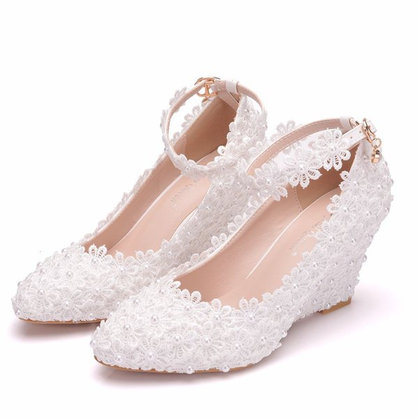 Crystal Queen fahion new White Flower Woman Wedding Shoes Lace Pearl High Heels Sweet Bride Dress Shoes Beading Wedges heels Pumps 8