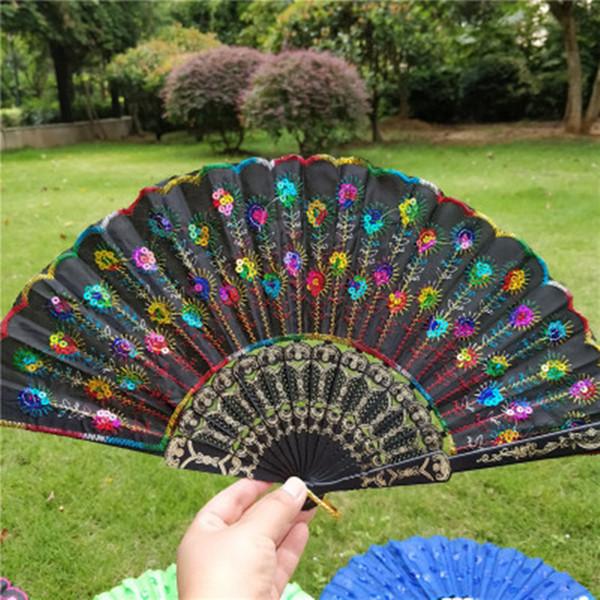 Pavo real bordado lentejuelas abanico abanico regalo de boda a favor del partido estilo de China ventiladores de plástico danza de la mano ventiladores accesorios de la boda