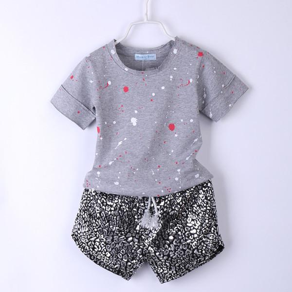Crianças Roupas Set Boy Cinza T-shirt + Leopardo Curto 2 PCS Moda Verão Crianças Roupas Meninas Meninos Roupas Casuais