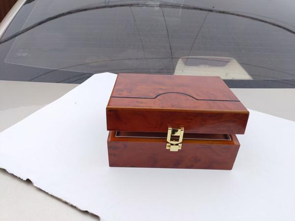Super qualité supérieure montre de luxe marque rouge boîte de papier original cadeau hommes montre boîte de papier en cuir carte 0,8 kg AP montre boîte de papier packag