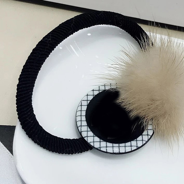 3X3CM black and white Acrylic mink hair ring Europe and the United States ladies popular rubber band hand ropes vip gifts 4pcs/lot