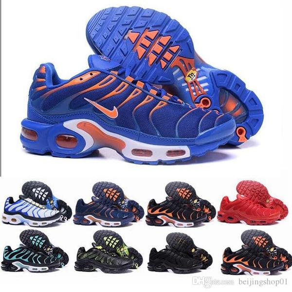 2019 TN Artı Hava Yastık Koşu Ayakkabı Erkekler Kadınlar Açık Çalıştır Ayakkabı Siyah Beyaz Spor Eğitmenler Yürüyüş Sporları Atletik Sneakers Yürüyüş