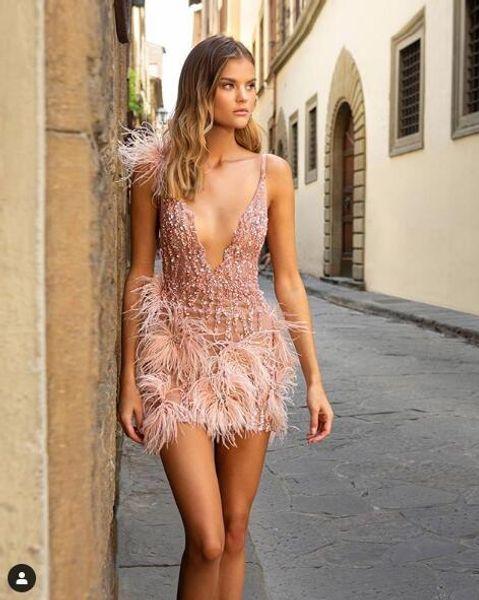 Blush Pink Mini vestidos de cóctel 2020 Berta Vestidos de fiesta de noche de fiesta de graduación con cuentas de espagueti de plumas de lujo