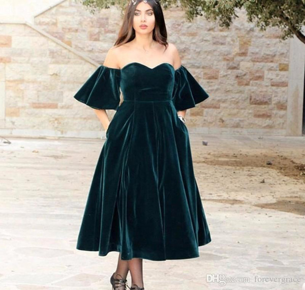 2019 Cheap Dark Green Evening Dress Arabic Off The Shoulder Velvet Formal Holiday Wear Prom Party Gown Custom Made Plus Size